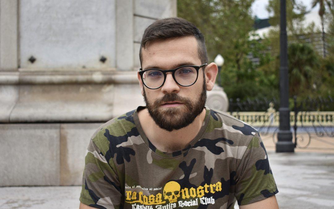 """Alfonso Martínez: """"Os policías trouxeron unha mochila con tres pedras grandes e dixeron que era miña"""""""