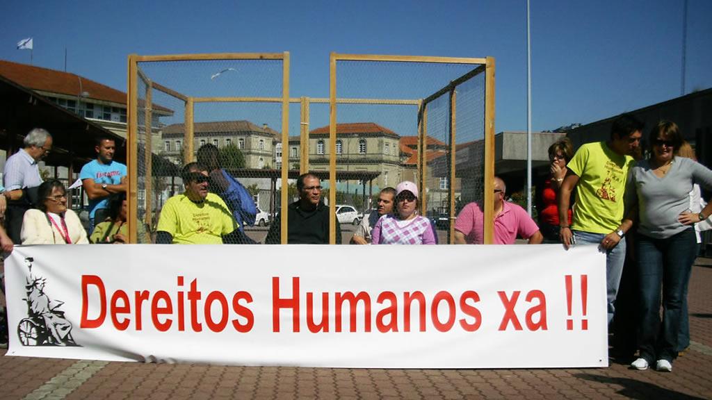 """VIgalicia, """"fartas"""" da Xunta:  """"O que reclamamos é un dereito humano"""""""
