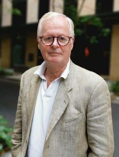 """Andrew Fowler:  """"O objetivo final do tratamento dado a Assange é dar um aviso aos demais"""""""