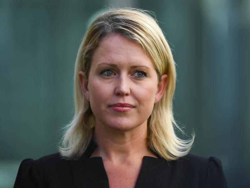 """Jennifer Robinson: """"A base factual para o caso de Julian Assange desmoronou completamente"""""""